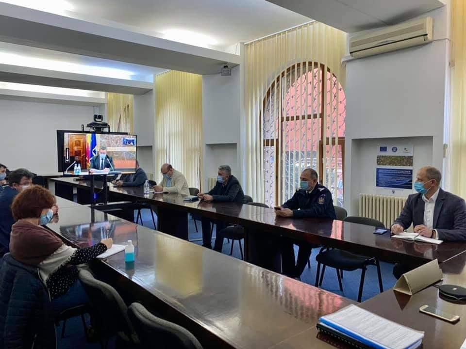 Dr. Cătălin Bunghez, directorul executiv al DSP Vrancea, la videoconferința organizată de MAI post thumbnail