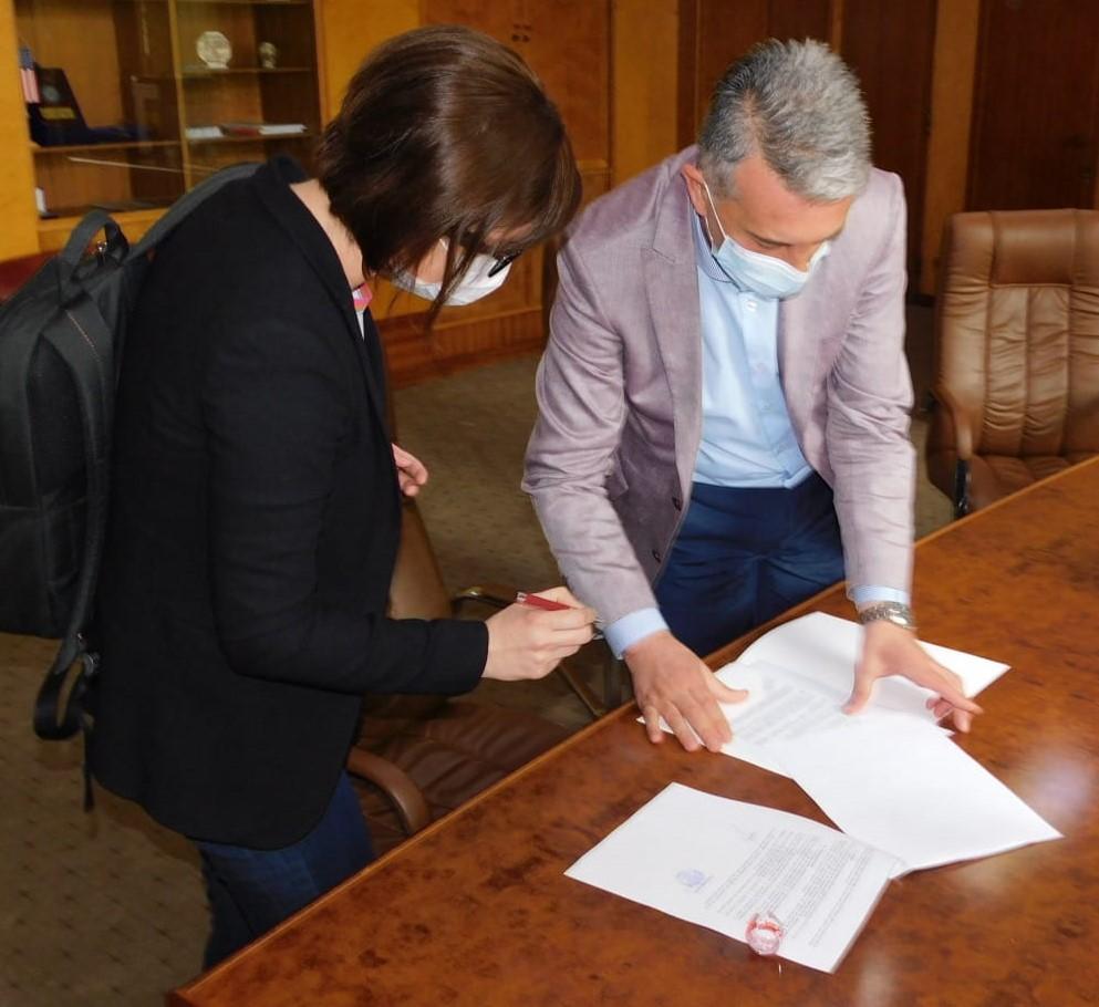 Întâlnire între ministrul Sănătății, Ioana Mihăilă, și conducerea DSP Vrancea post thumbnail