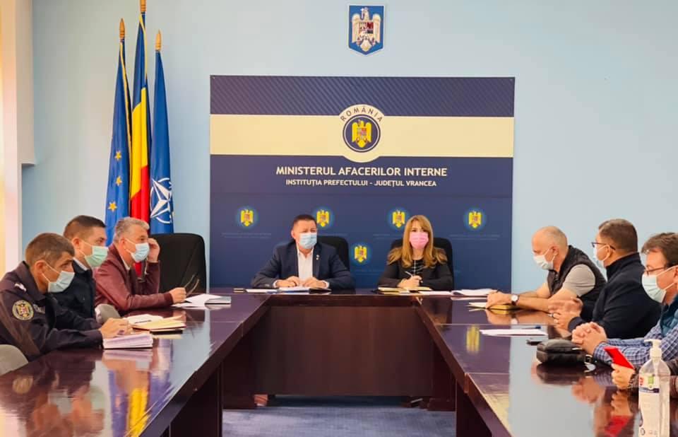Conducerea DSP Vrancea, la o nouă ședință de lucru privind combaterea pandemiei post thumbnail